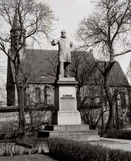 Denkmal zu Ehren Schulze-Delitzsch