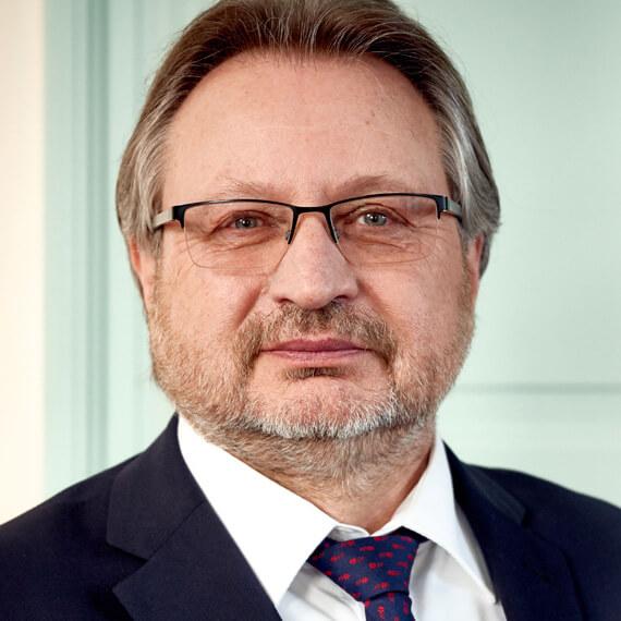 Dr. Axel Viehweger